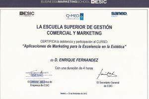 doctor-enrique-fernandez-formacion-marketing-en-estetica-qmed